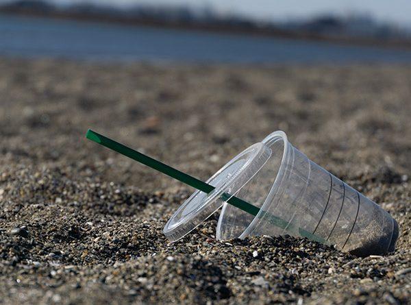 フィリピンでは近い将来プラスチック使用禁止に?