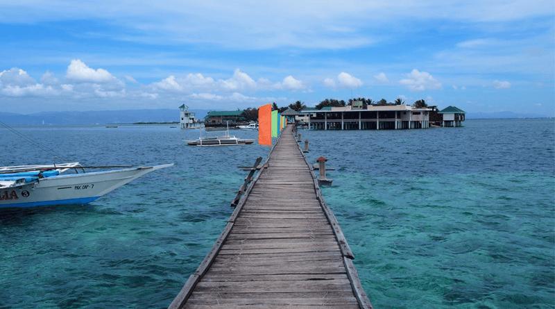 セブ島からも近い絶景の無人島、アイランドホッピングの人気スポット「ナルスアン島」