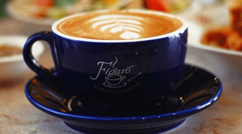 豆の栽培から焙煎までこだわりのコーヒーが味わえる