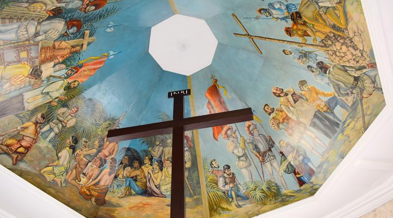 天井画が美しいフィリピン・セブ島の観光スポット「マゼランクロス」