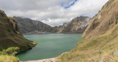 緩やかな斜頸の登山が楽しめるフィリピン「ピナツボ火山」